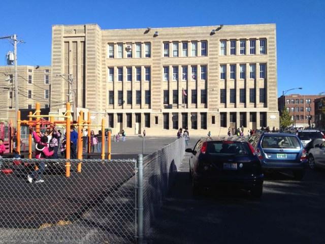photo of Trumbull Elementary School